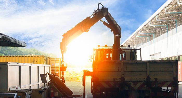 crane unloading